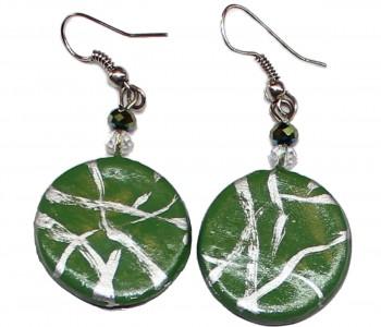 Pendientes artesanales luna verde veteada en plata detalle