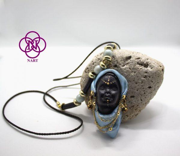 Collar Rostro Coleccion Mujeres del Mundo Etiope azul3