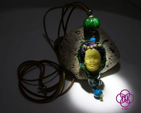 Collar Rostro Coleccion Mujeres del Mundo Turca verde 4